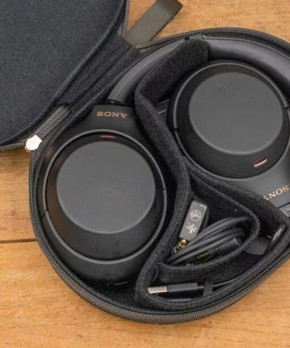 Sony WH-1000XM4 Black Wireless Noise Cancelling Headphones