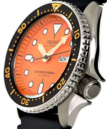 Seiko SKX011J1 Automatic Diver's 200m Japan made Men's Brand New Watch